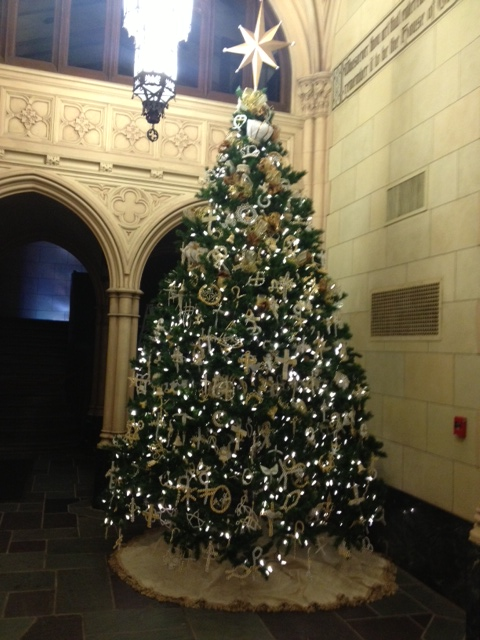 Hospitality_Chrismon Tree 12.14 photo (3)