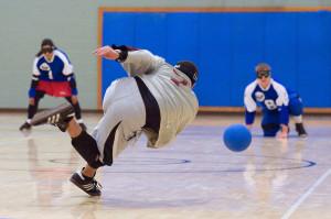 No.-7-throws-towards-defenders-