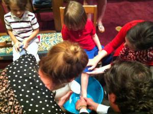 foot-washing-children