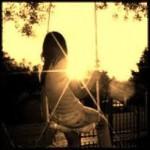 girl_swing_sun